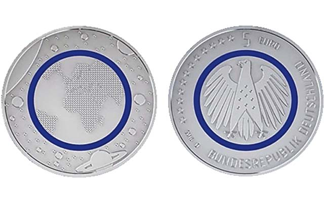 Germany-2016-planet-earth-coin